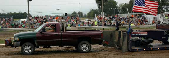 Mini-Tractor & Pick Up Truck Pulls